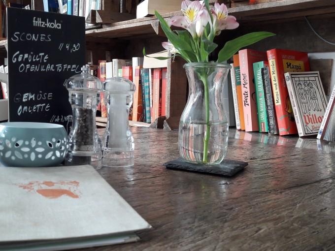 Cafe LIVRES Essen2